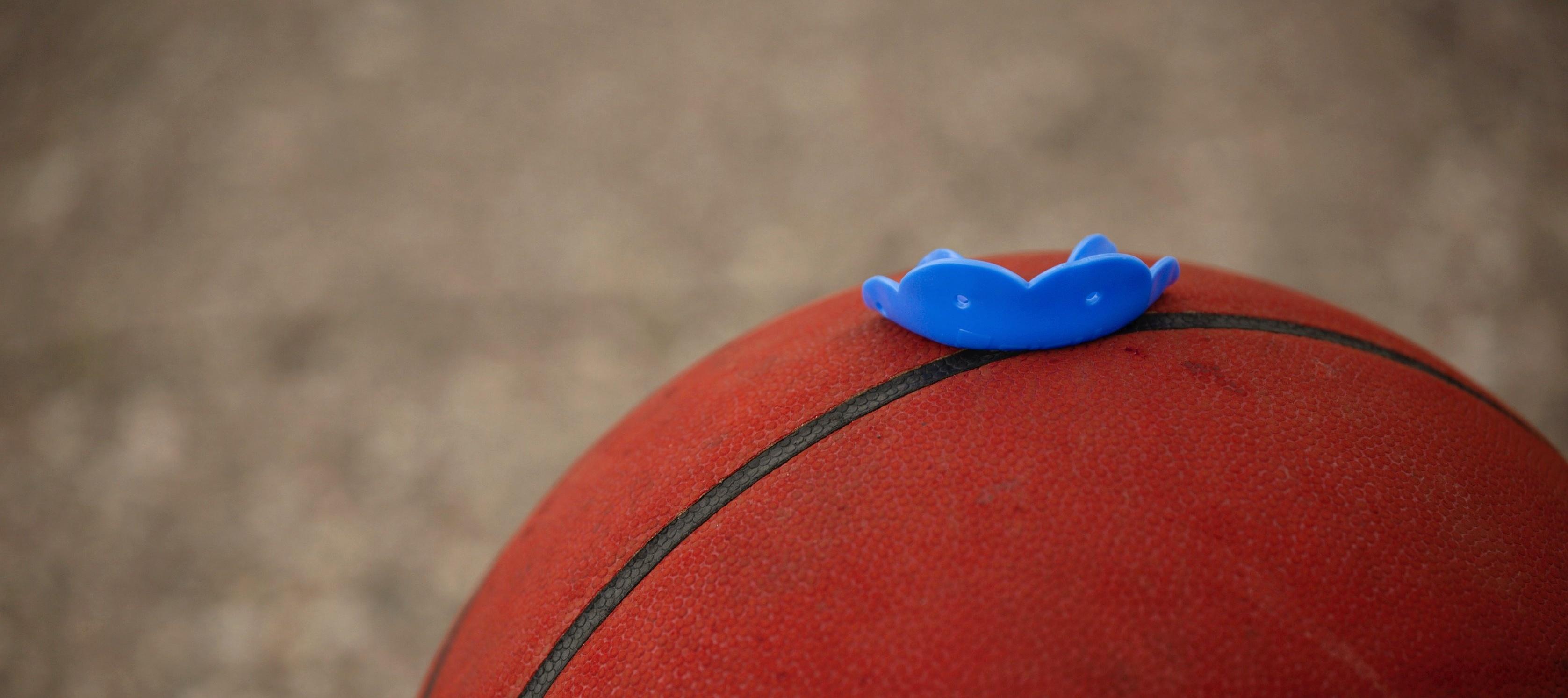 SISU-GO-basketball mouthguard