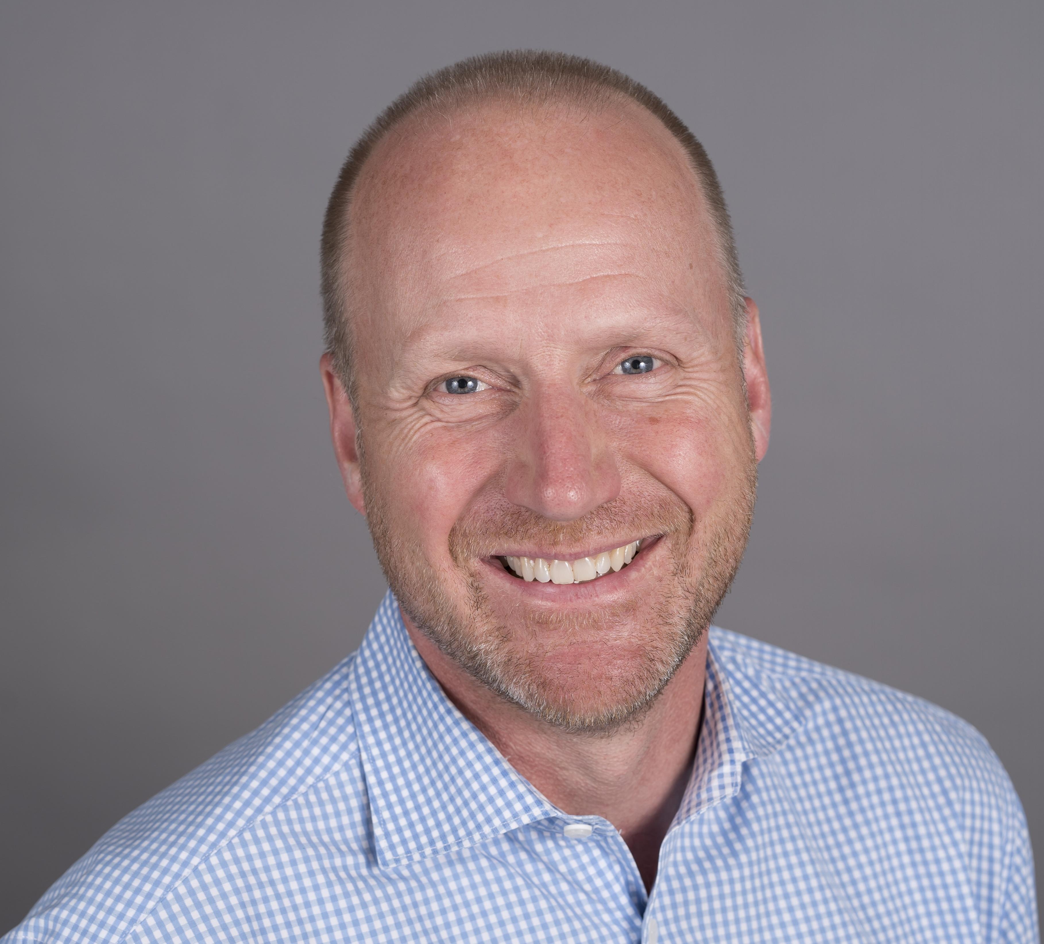 Dr. Jan Akervall